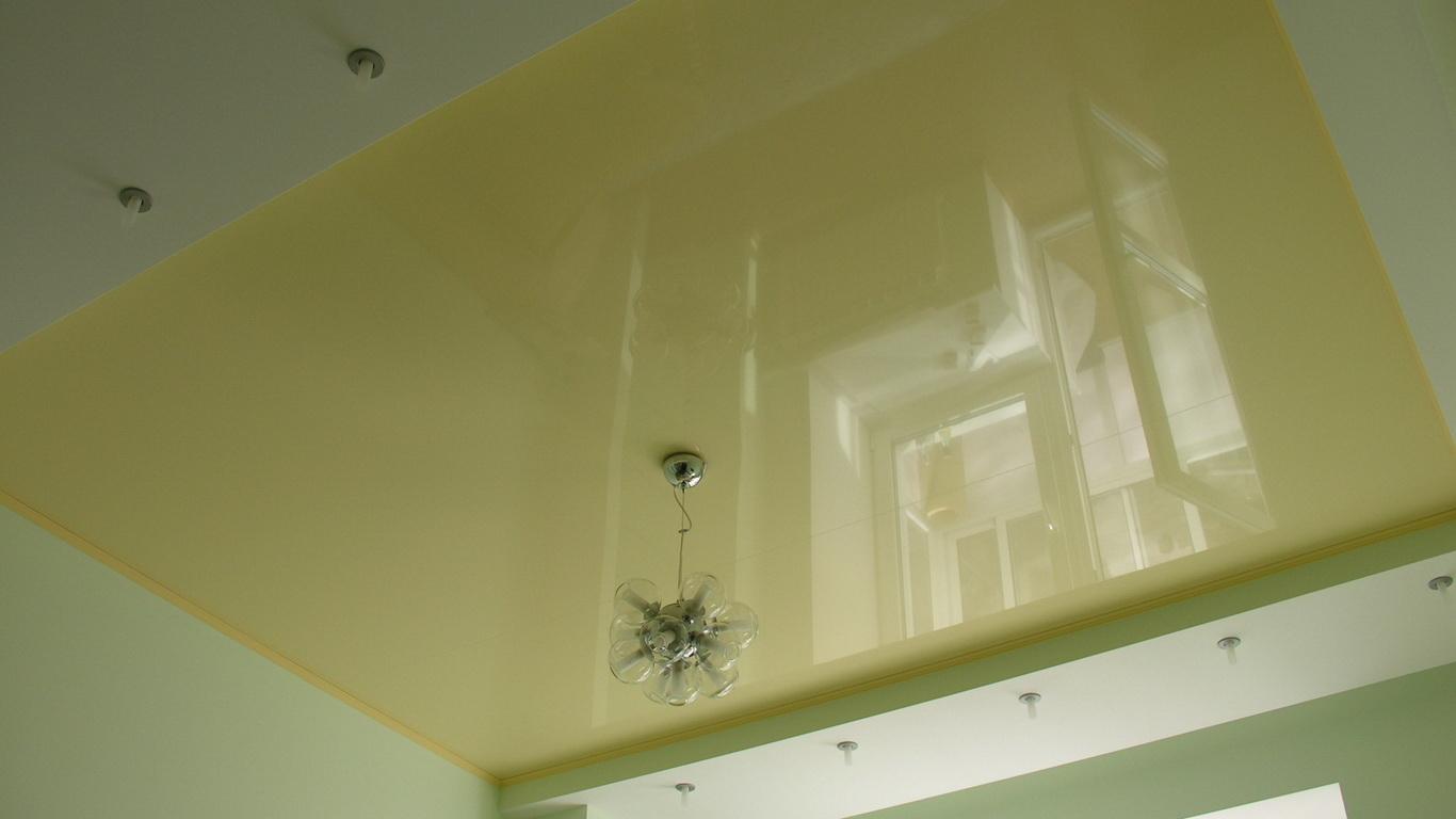 Прямой двухуровневый потолок