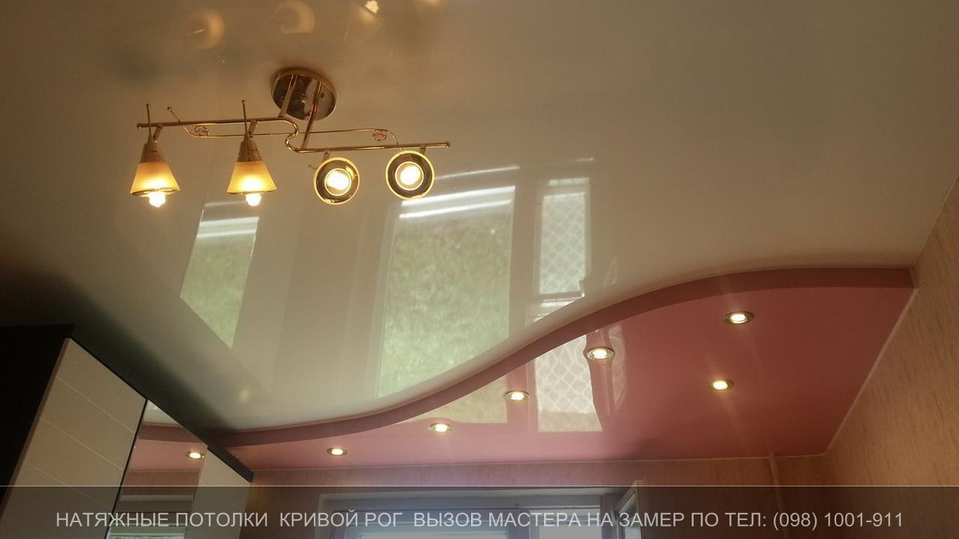 Натяжной потолок с переходом